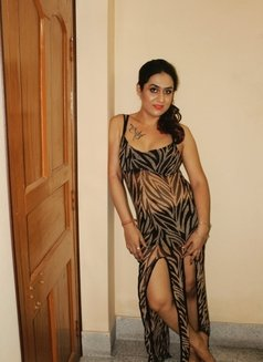 Disha Dey - Transsexual escort in Kolkata Photo 2 of 24