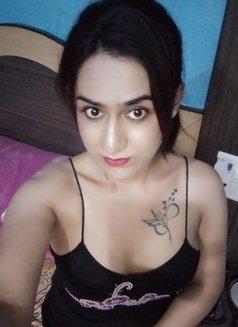 Disha Dey - Transsexual escort in Kolkata Photo 9 of 24