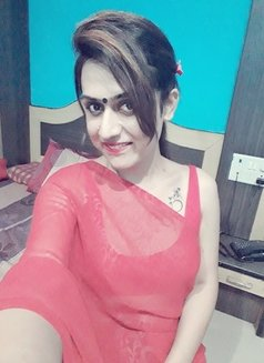 Disha Dey - Transsexual escort in Kolkata Photo 7 of 24