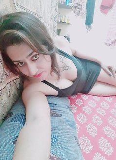Disha Dey - Transsexual escort in Kolkata Photo 8 of 24