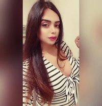 Divya19 - Transsexual escort in Mumbai