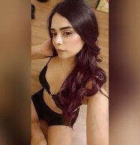 Divya19 - Transsexual escort in Mumbai Photo 24 of 24