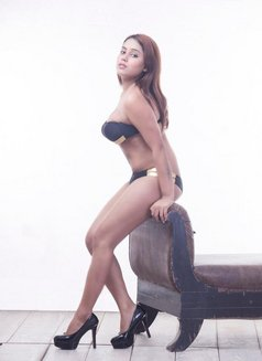 Divyanka - escort agency in New Delhi Photo 1 of 3