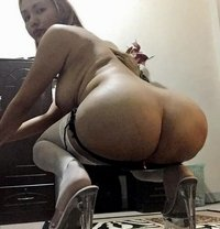 ✧ Miss KINKY SHEMALE ✧ Lady BIGCOCK ✧ - Transsexual escort in Dubai Photo 2 of 27