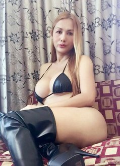 ✧ Miss KINKY SHEMALE ✧ Lady BIGCOCK ✧ - Transsexual escort in Dubai Photo 21 of 27