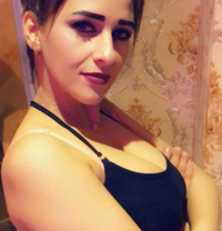 Donia - escort in Dubai