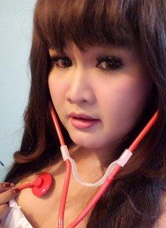 Donna - Transsexual escort in Jakarta Photo 1 of 1