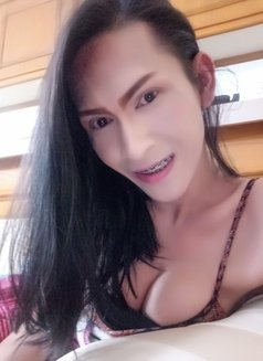 Donut Smile - Transsexual escort in Dubai Photo 18 of 23
