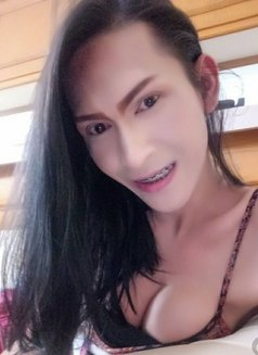 Donut Smile - Transsexual escort in Dubai Photo 23 of 23