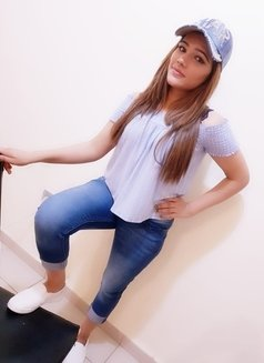 Jiya Indian Model - escort in Abu Dhabi Photo 5 of 8