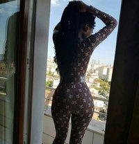 Ebony ISABELLA Slim Sexy - escort in İstanbul Photo 1 of 7