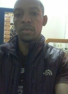 Eddy - Male escort in Pietermaritzburg Photo 1 of 6
