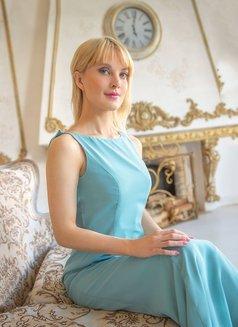 Elena - escort in Saint Petersburg Photo 10 of 24