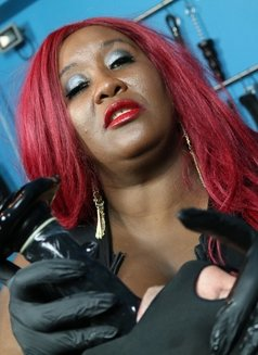 Elite Madame Caramel - escort in Tel Aviv Photo 8 of 15