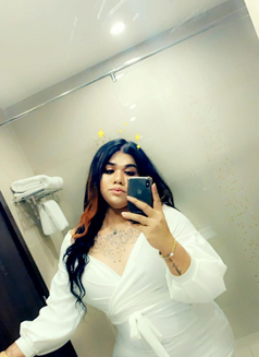 Eliza - Transsexual escort in Al Manama Photo 12 of 18