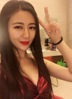 Mandy - escort in Shenzhen Photo 1 of 3