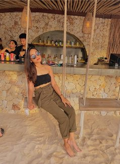 Elvira - escort in Jakarta Photo 5 of 7