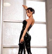Elvira - Transsexual escort in Moscow