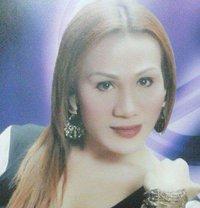 Emerald - Transsexual dominatrix in Makati City