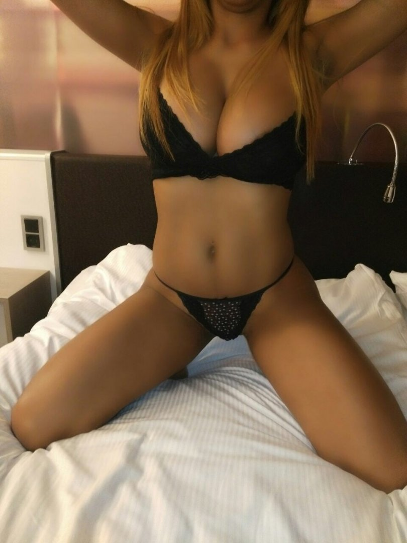 Real asian escort thai massage i lyngby