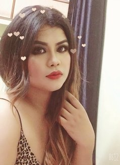 Emma Sweet 018 - Transsexual escort in Bangalore Photo 9 of 14