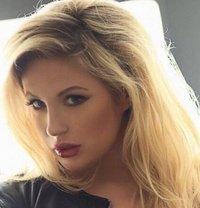 English Ashley Xxx - escort in London