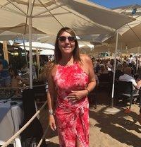 English Rose - escort in Marbella