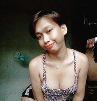 Erianne - escort in Manila