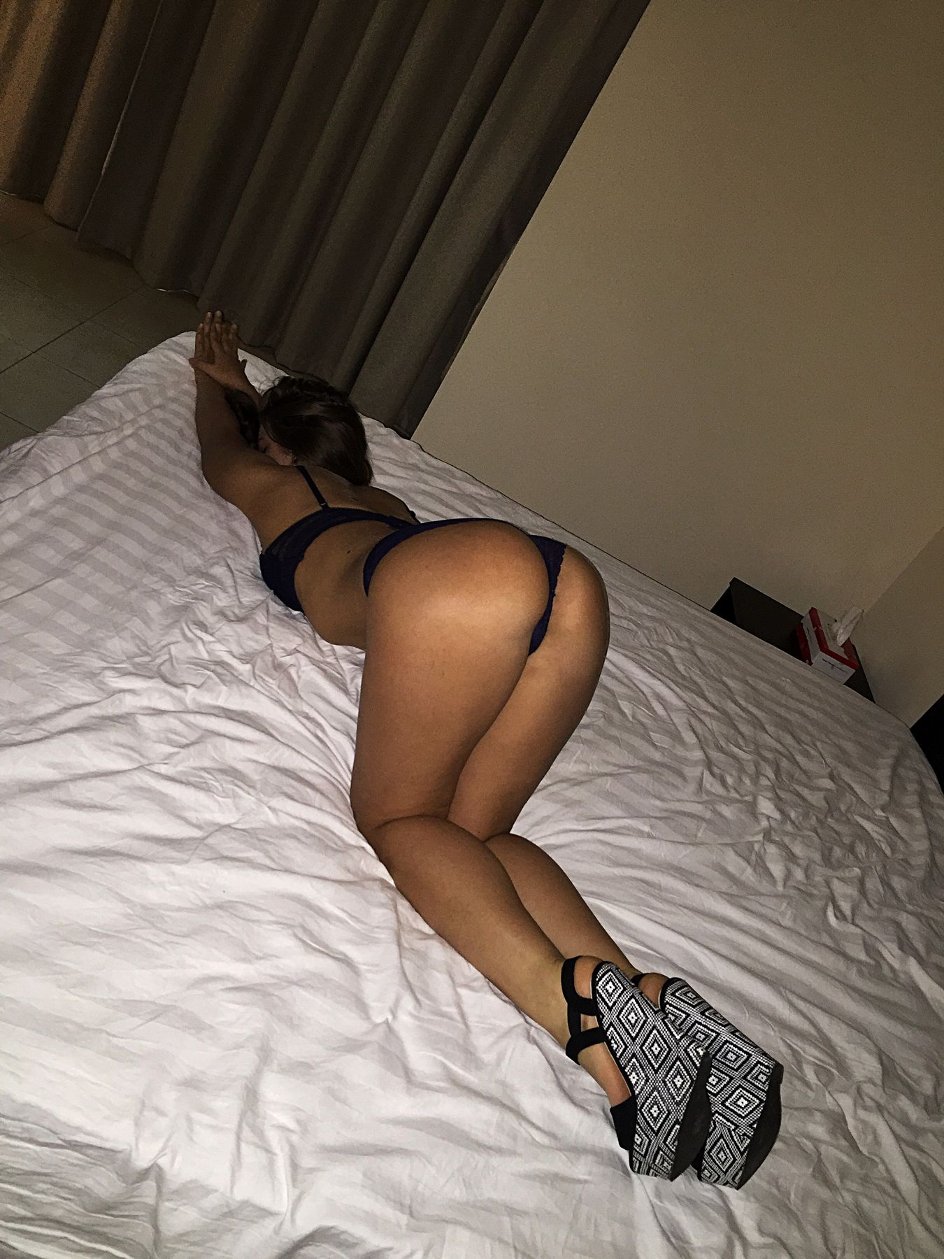 Escort hadsund massage escort girl