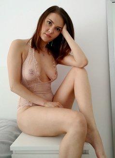 Erotic massage + GFE | Nicole Kaminski - escort in Warsaw Photo 5 of 16