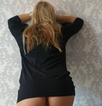 Escorte Douce - escort in Paris