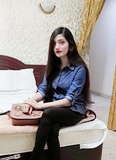 Ruchi Indian Hottie - escort in Dubai Photo 4 of 8