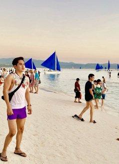 Ethan - Male escort in Makati City Photo 7 of 7