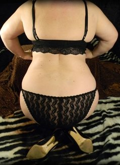 European Lady - escort in Vancouver Photo 4 of 10
