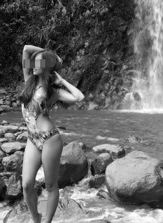 Eva Garcés - escort in Cebu City Photo 3 of 4