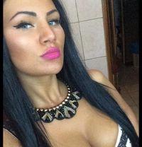 Eva new in town - escort in Muscat Photo 4 of 11