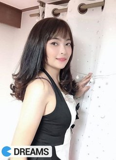 Eva - escort in Bangkok Photo 2 of 10