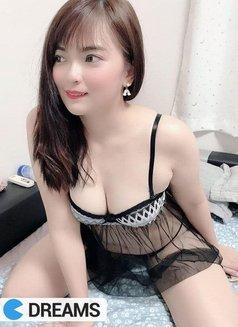 Eva - escort in Bangkok Photo 3 of 10