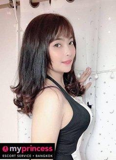 Eva - escort in Bangkok Photo 8 of 10