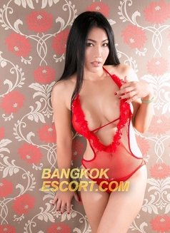 Fawn A-Level - escort in Bangkok Photo 5 of 9