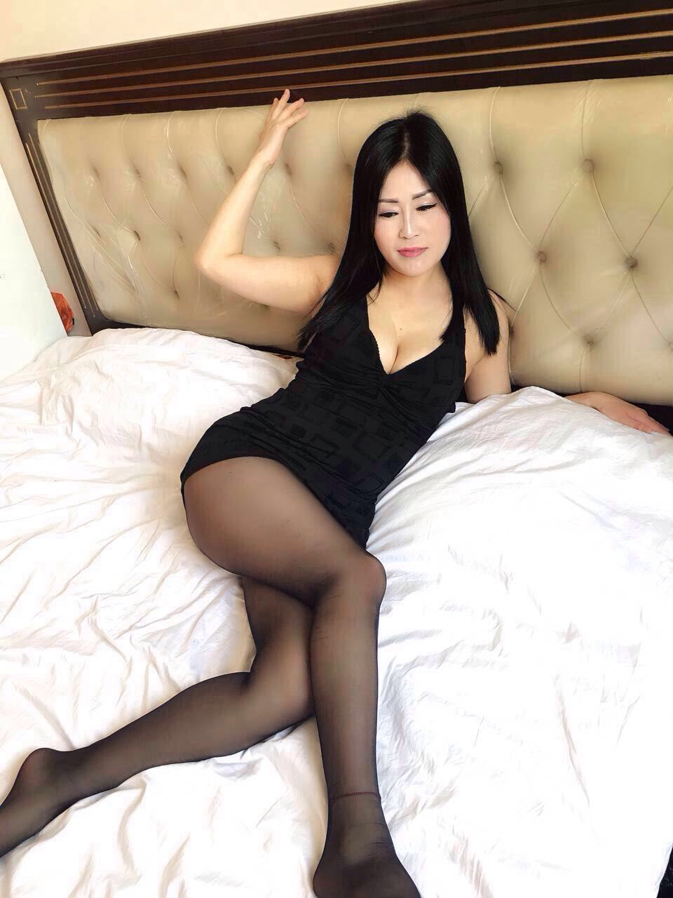 private asian escorts escort fiona