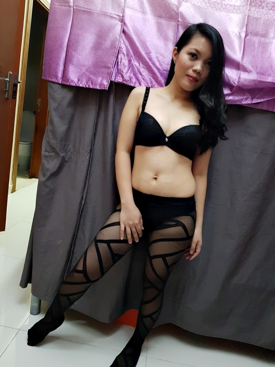 escort filipina girl