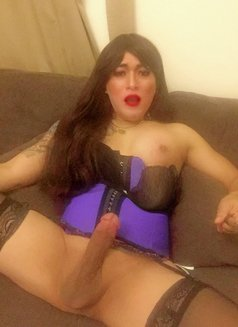 Philippines Amazng juicycock Bella Amore - Transsexual escort agency in Muscat Photo 10 of 23