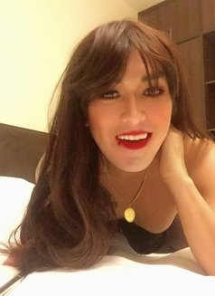 Philippines Amazng juicycock Bella Amore - Transsexual escort agency in Muscat Photo 11 of 23