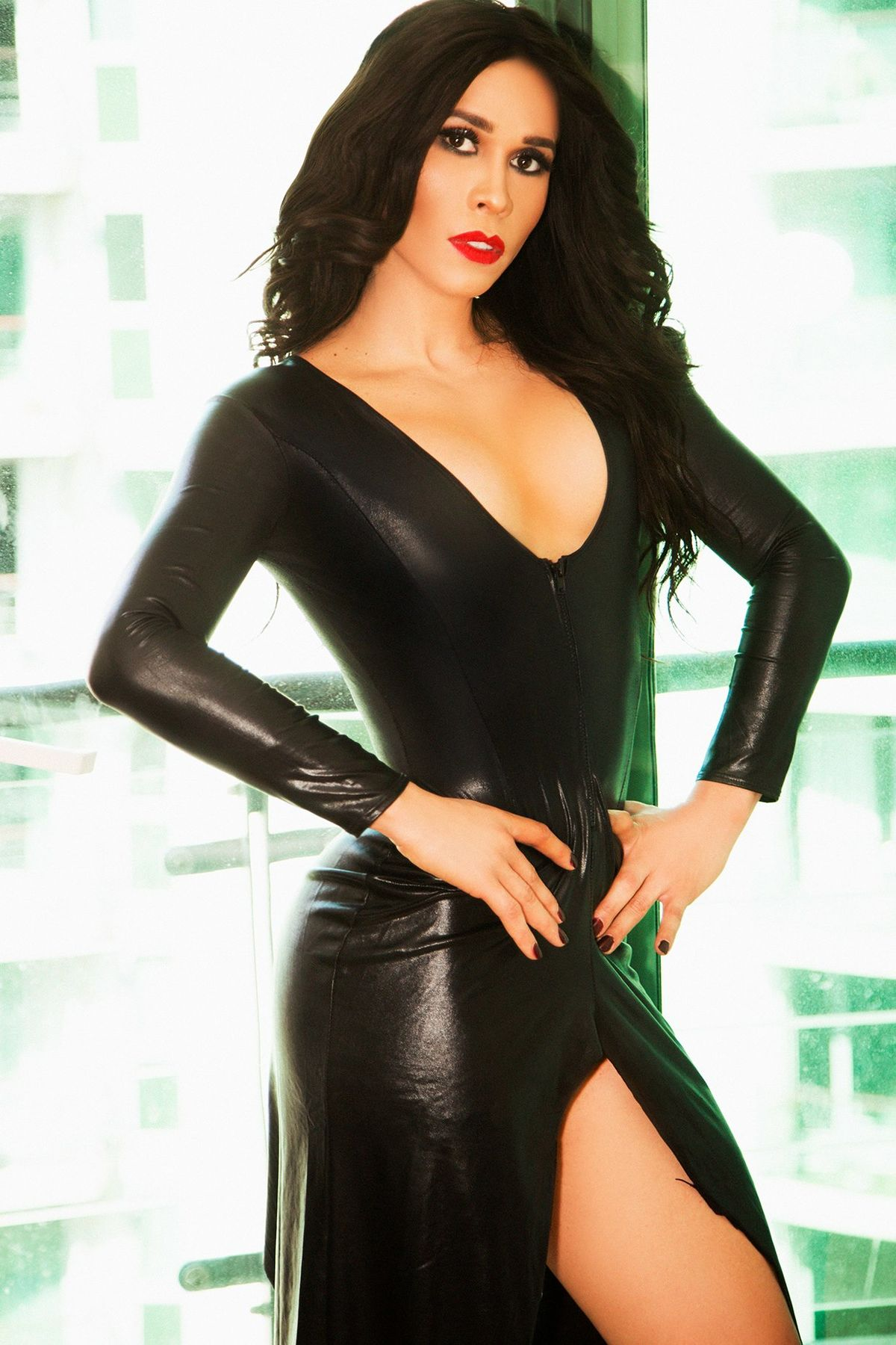 Flavia Mayfair london, Brazilian Transsexual escort in London