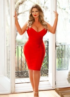 Foxy Love Curvy Busty - escort in London Photo 10 of 20