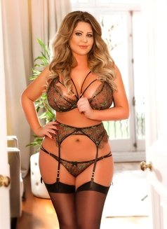 Foxy Love Curvy Busty - escort in London Photo 19 of 20