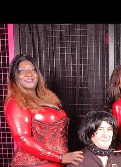 France Black Mistress - Madame Darkness - dominatrix in Cannes Photo 8 of 16