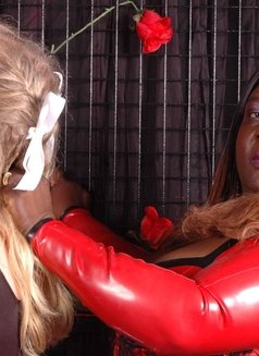 France Black Mistress - Madame Darkness - dominatrix in Cannes Photo 11 of 16