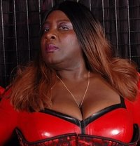 France Black Mistress - Madame Darkness - dominatrix in Cannes